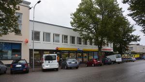 R-kisosken på Stationsvägen i Ekenäs sköter postförsändelserna från och med den 22 september 2015.