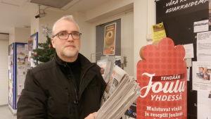 Projektchef Kaj Högstedt vid Jeppis Weekly