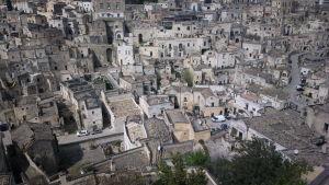 Jonkun vanhan kaupungin rakennuksia