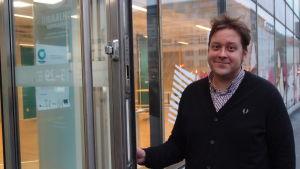 Matias Fredrikson är sakkunnig vid Navigatorn, en del av Arbets- och näringsbyrån i Helsingfors