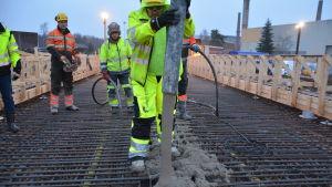 Gjutning av brolock Tyska holmens bro