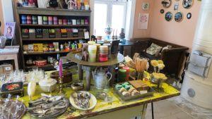 Möbeltapetserare Mauritz Möllers verkstad och butik Krinti vid Saltbodstorget i Lovisa