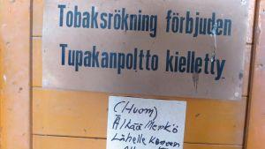 Rökning är förbjudet i Strömsbergs kvarn på grund av mjöldammet