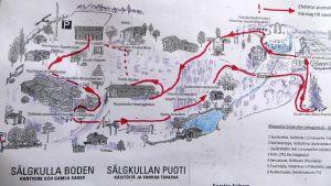 Många har tagit en spännande promenad i den halvvilda trädgården på Sälgkulla i Sibbo, Immersby