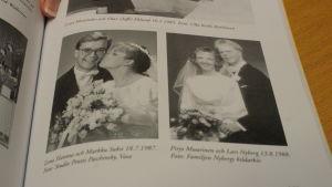 Floras historik kryllar av körparens bröllopsfotografier. Till höger är Hanna Nybergs föräldrar.