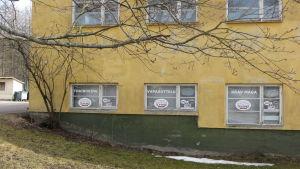 Borgå Thaiboxing Club tränar i Ånäshallens källare