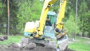grävmaskin på kokonbacken