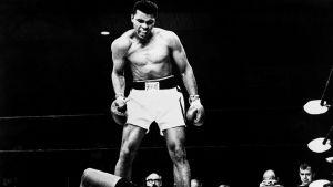 Ammattinyrkkeilyn raskaansarjan maailmanmestaruusottelu, jossa Cassius Clay (Muhammad Ali) voitti maailmanmestruuden tyrmäämällä vastustajansa Sonny Listonin.