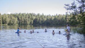 Folkhälsans simskola i Karskog i Sjundeå.