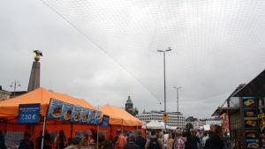 Måsnät på Salutorget 22.7.2016