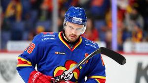 Jesse Joensuu spelar ishockey i KHL-laget Jokerit.