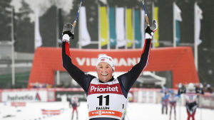 Emil Iversen vann herrarnas tremil i längdåkarnas världscup i Falun.