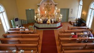 Högmässa i Sundom kapellförsamling söndagen den 2 april.