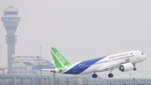 Det första flygplanet som i sin helhet planerats och byggts i Kina gjorde sin jungfruflygning den 5 maj 2017 från Shanghais största internationella flygplats.