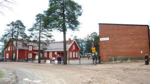 Kiilan koulu i Karis.