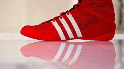 low priced e0415 6959c Adidas sportsko Bild  DANIEL KARMANN EPA Adidas,sportkläder. Adi Dassler ...