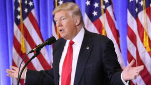 Donald Trump talade på en presskonferens i Trump Tower i New York.