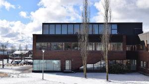 Ingå kommungård och bibliotek