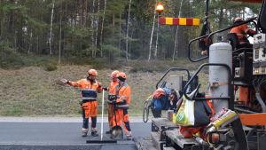 Vägarbete vid Horsbäck i Raseborg