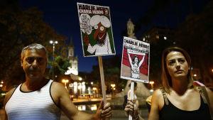 Hela världen har visat solidaritet för Charlie Hebdo. På bilden demonstranter i Rio de Janeiro.