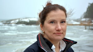 Yrkesfiskare Tanja Åkerfelt från Löparö i Sibbo.