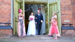 Rosenbröllop i Lovisa.