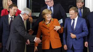 EU-kommissionens ordförande Jean-Claude Juncker, Tysklands förbundskansler Angela Merkel och Europeiska rådets ordförande Donalds Tusk.