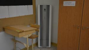 Luftrenare används i den finska skolan Hakarinteen koulu i Ekenäs