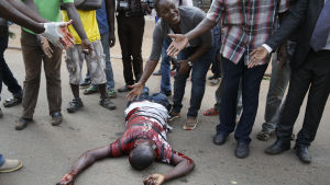 anhängare till Kizza Besigye skadad