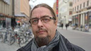 Olavi Katto.