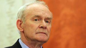 Martin McGuinness på en presskonferens den 23 januari 2017