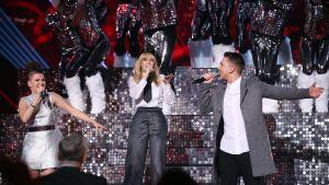Saara Aalto, Kylie Minogue och Matt Terry på scen.