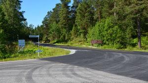 Skärgårdsvägen i Pargas sommaren 2014 (Vägskäl till Attu och Granvik)