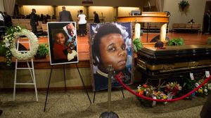 Begravning av Michael Brown som sköts ihjäl av en polis