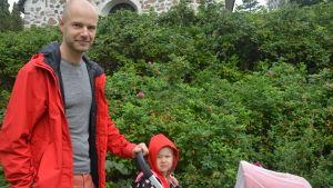 Janis Kirpitis och hans dotter i Pojo