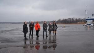 Peter Tanzer med arkitekter och fastighetsmäklare i Norra hamnen
