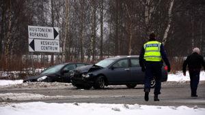 Plåtkrock på Krutkällarvägen i Vasa.