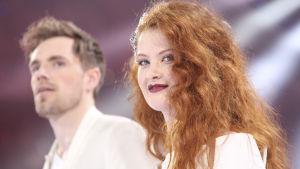 Norges Eurovisionshopp Morland och Debrah Scarleett.