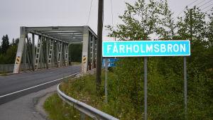 Fårholmsbron i Larsmo