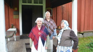 Cilla Törnblom-Backman, Camilla Sonntag-Backman och Lisbet Maria som guider
