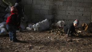 Barn far illa i kigets Syrien