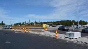 Rondellen vid Kållbyvägen i Jakobstad under byggnadsskedet