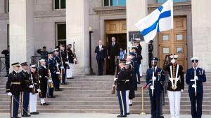 James Mattis och Jussi Niinistö i USA.