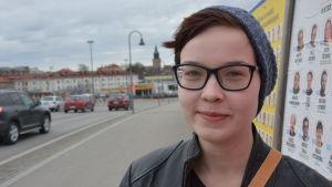 Iidalisa Pardalin i centrala Åbo.