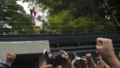 Oppositionsledare inleder hungerstrejk
