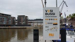 hållplats för sjöbussen Föli i Åbo.