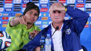 Thiago Silva och Luiz Felipe Scolari på presskonferens inför bronsmatchen.