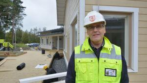 Fastighetsingenjör Hans Hall vid Kalax daghem i Närpes.
