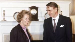 Margaret Thatcher och Mauno Koivisto träffas i London 1984.