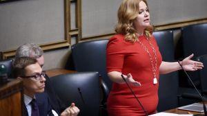 Alexander Stubb och Krista Kiuru i riksdagen